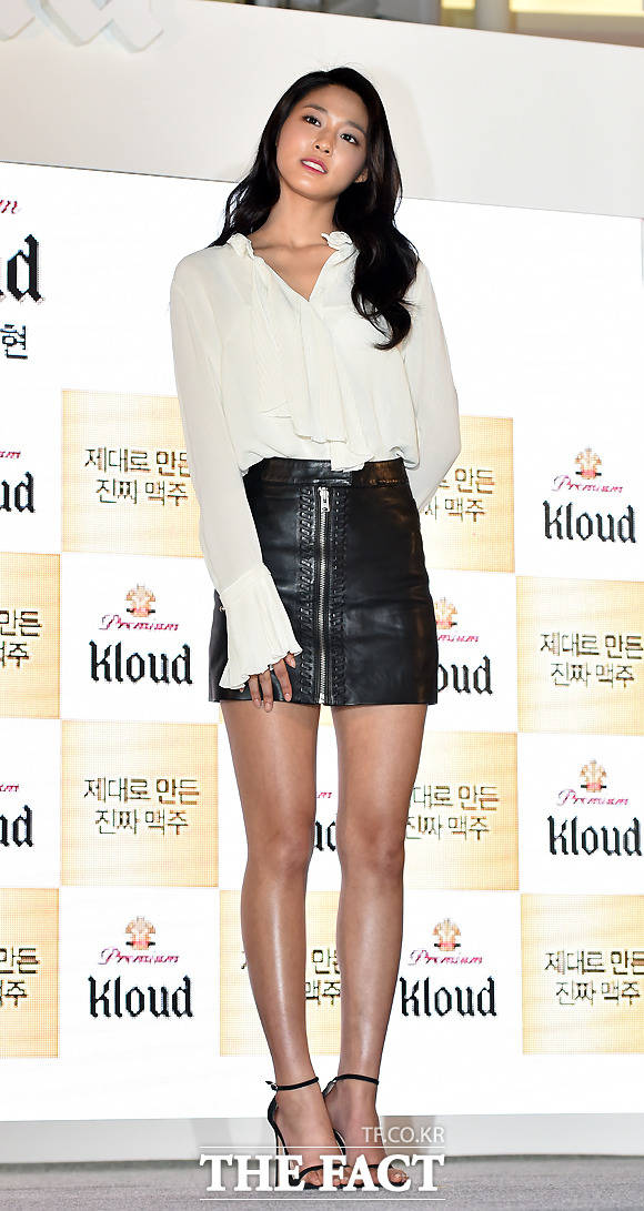 AOAのソリョンが18日、ソウルで開催されたファンサイン会に出席した。