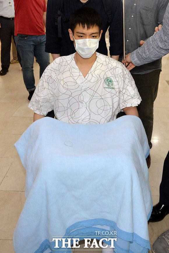 意識を失い緊急入院したBIGBANGのT.O.Pが9日、梨大木洞病院から退院し他病院に転院した。