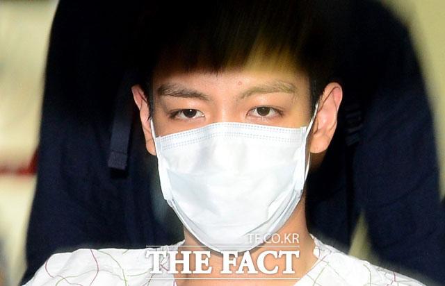 BIGBANGのT.O.Pと一緒に大麻を吸引した歌手志望生A氏に執行猶予の判決が下された。