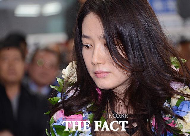 元女優のシム・ウナ。|THE FACT DB