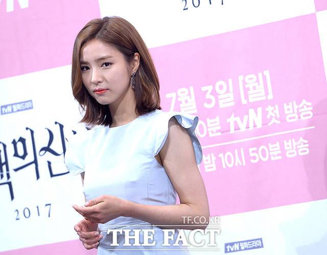 シン・セギョンが27日午後、ソウル市内にあるインペリアルパレスホテルで開催されたtvNドラマ「河伯の花嫁2017」の制作発表会に出席した。