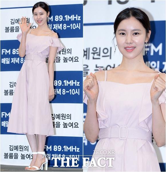 女優のキム・イェウォンが29日午後、KBS COOL FMのラジオ番組「ボリュームを上げて」の記者会見に出席した。