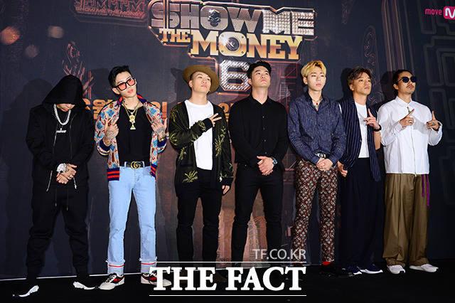 (写真左側から)ラッパーのDok2、パク・ジェボム、Gaeko 、Dynamic DuoのCHOIZA(チェジャ)、Block Bのジコ、Bizzy、Tiger JK