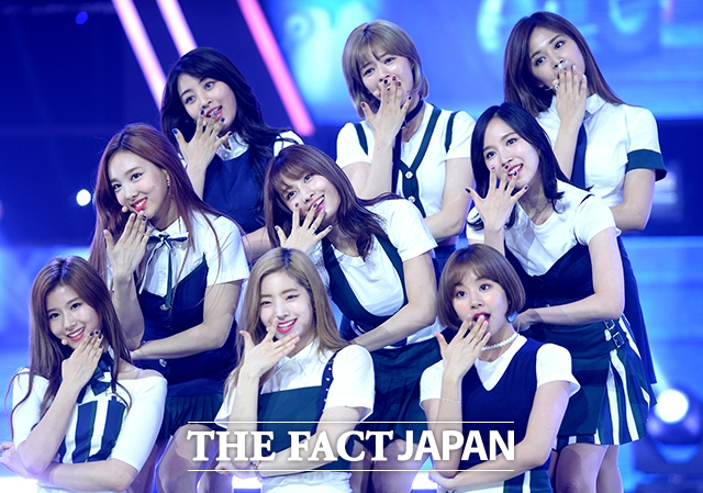 TWICE。|THE FACT DB
