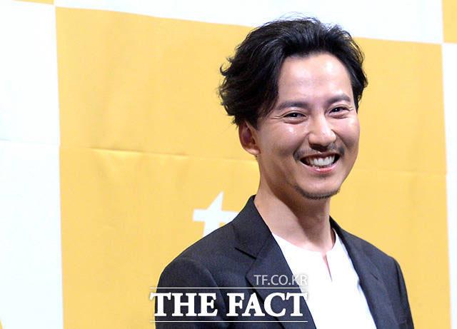 俳優のキム・ナムギルが1日午後、ソウル・江南区で開かれたtvNドラマ「名不虚伝」の制作発表会に出席した。