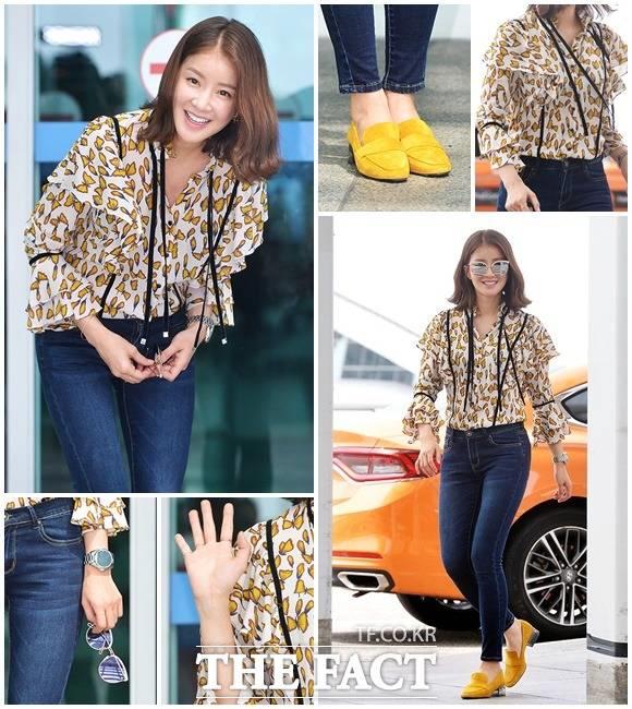 女優のイ・シヨンが4日午前、仁川(インチョン)国際空港に姿を現した。