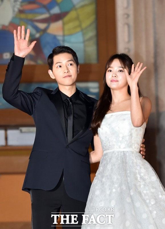 ソン・ジュンギとソン・ヘギョはソウルの新羅ホテルで非公開の結婚式を挙げる|THE FACT DB