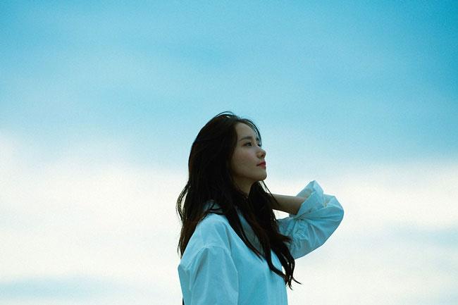 少女時代のユナが自身2度目のソロ曲を発表する。 SMエンターテイメント