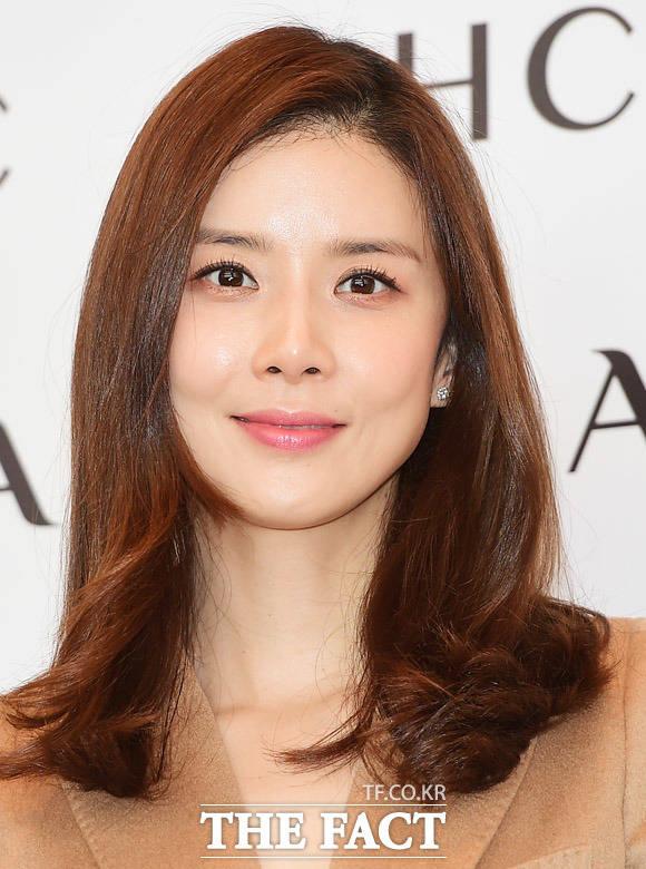 5日午後、ソウル市内で開催されたAHCのイベントに女優のイ・ボヨンが出席した。