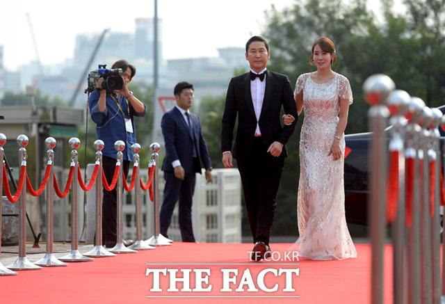 シン・ドンヨプとキム・ジョンウンが7日、ソウル・KBS社でおこなわれた「ソウルドラマアワード2017」に出席。