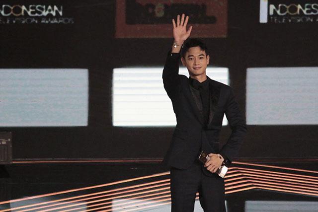 SHINeeのミンホが「Indonesian Television Awards 2017」で特別賞に輝いた。|SMエンターテイメント