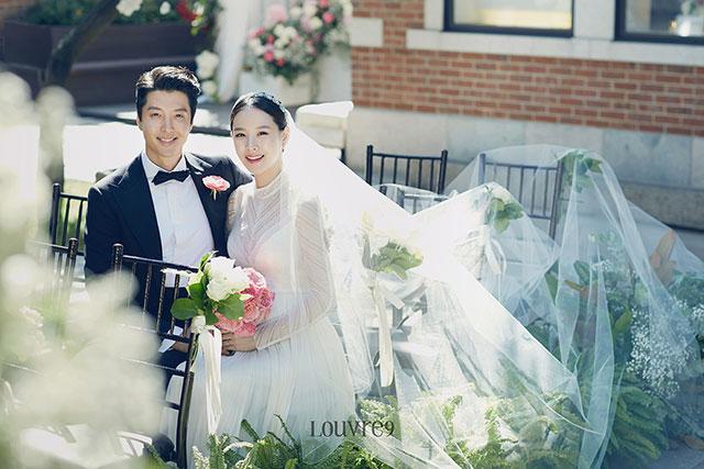 イ・ドンゴンとチョ・ユニのウェディングフォト|FNCエンターテイメント