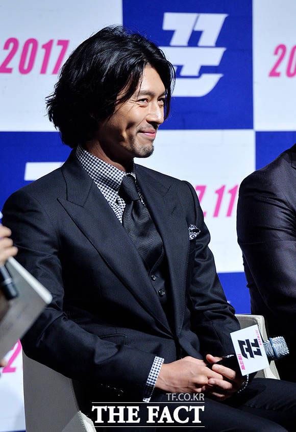 俳優ヒョンビンが11日午前、ソウル・江南区で開かれた映画「クン」の制作発表会に出席した。 イ・ドクイン記者