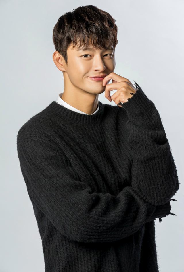 (c) 2016 MBC