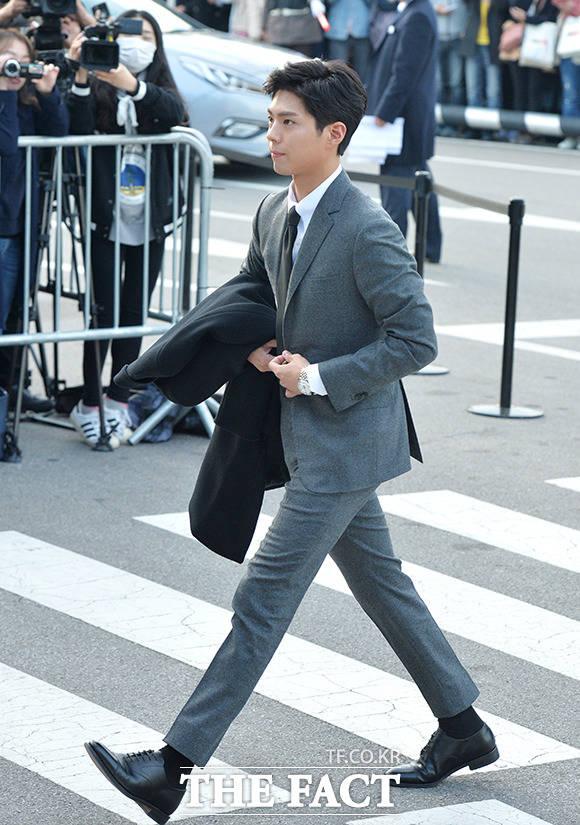 俳優のパク・ボゴムが31日午後、ソウルで行われたソン・ジュンギ&ソン・ヘギョの結婚式に出席した。