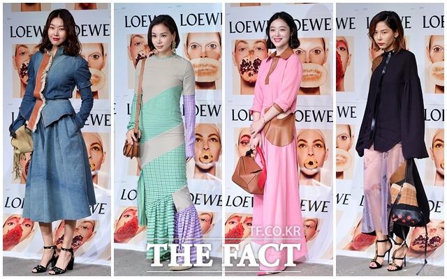 """ハン・へジン、コ・ソヨン、ソルリ、キム・ナヨン(左から)が14日、ソウルで行われたブランド「ロエベ」の""""2018春•夏レディースコレクション""""イベントに参加した。"""