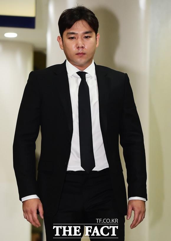 SUPER JUNIORのカンインが女性を暴行し、警察が出動したというニュースが韓国で報じられた。