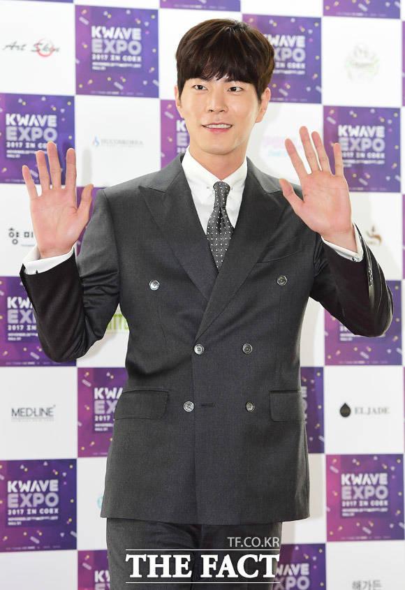 俳優のホン・ジョンヒョンが28日、ソウルで行われた韓流エキスポ「KWAVE-EXPO 2017」の開幕式に参席した。