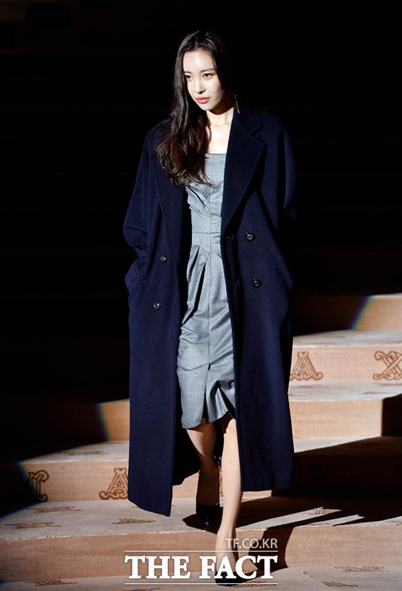 元Wonder Girlsのソンミが28日、ソウル・東大門デザインプラザで開かれた女性服ブランドMaxMaraの「coats!」のイベントに出席した。