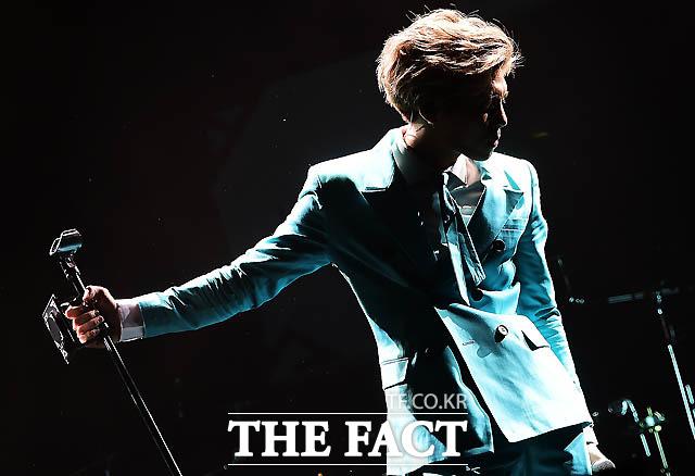 2015年1月、ジョンヒョンさんのソロアルバムのショーケース。|撮影:ぺ・ジョンハン