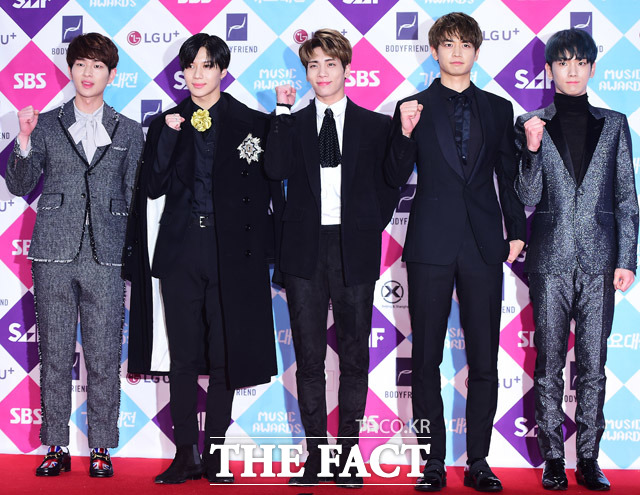 来年2月に予定されているSHINeeの日本コンサートについて、所属事務所がコメントを出した。