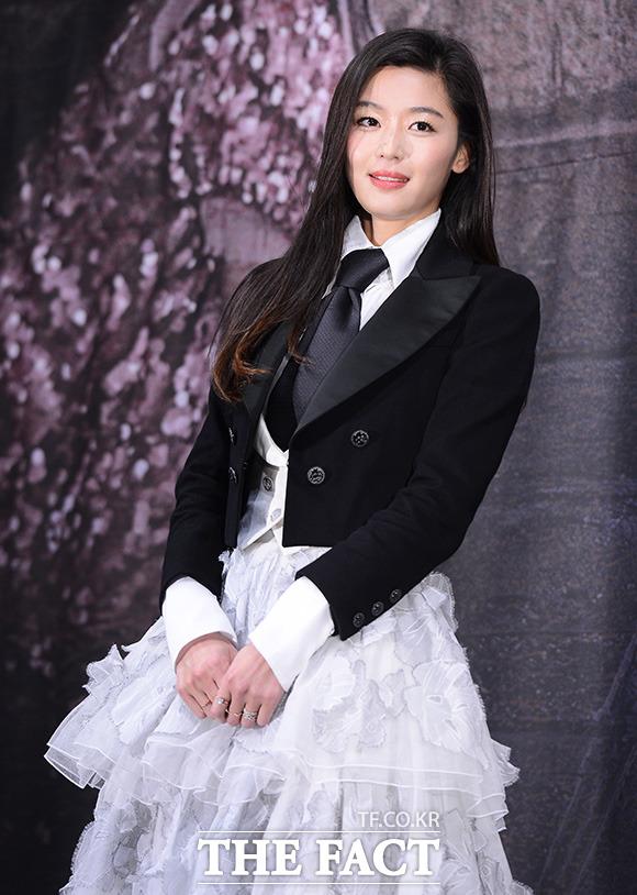 女優のチョン・ジヒョンが来月、第2子を出産する。