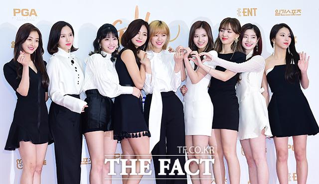TWICEが11日、韓国・高陽(コヤン)市で行われた「第32回ゴールデンディスクアワード」に出席した。