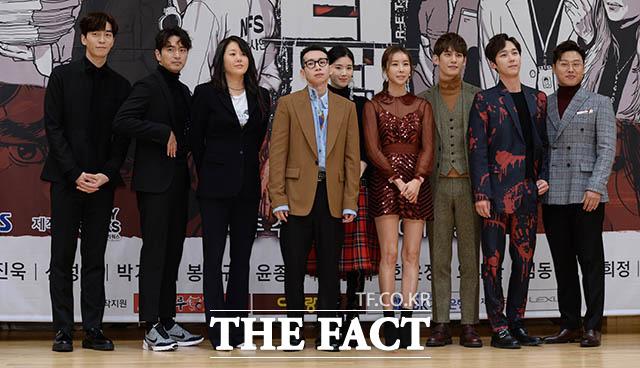 SBSの新水木ドラマ「リターン」の制作発表会が15日午後、ソウルで開かれ、シン・ソンロク、イ・ジヌク、コ・ヒョンジョン、ポン・テギュ、チョン・ウンチェ、ハン・ウンジョン、パク・ギウン、ユン・ジョンフン、オ・デファン(左から)が出席した。
