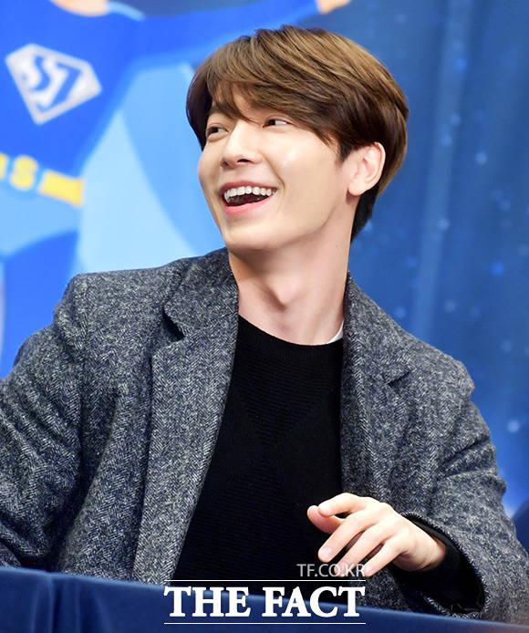 SUPER JUNIORのドンへが23日午後、ソウルで行われたXtvNの新バラエティ番組「SUPER TV」制作発表会に出席した。