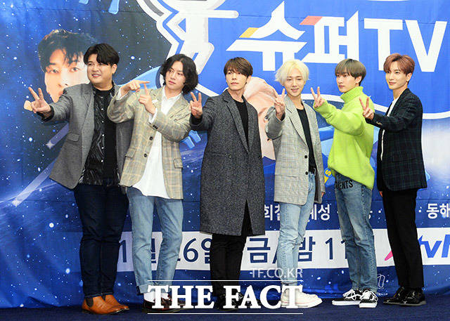 SUPER JUNIORが23日午後、ソウルで行われたXtvNの新バラエティ番組「SUPER TV」制作発表会に出席した。