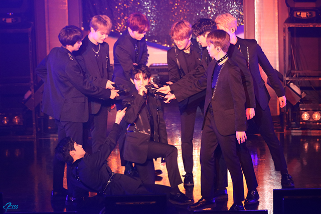 UP10TIONが1月26日(金)に東京・ZeppDiverCityにて、『UP10TION JAPAN 2nd Single「WILD LOVE」SHOWCASE』を開催した。|写真:KISS Entertainment