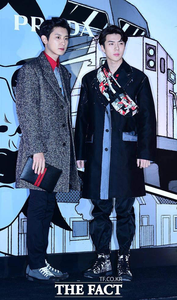 「PRADA Comics Collection Party」が7日夜、ソウルで行われた。写真は同パーティーに招待されたEXOのセフンとチャンヨル。|撮影:イム・セジュン