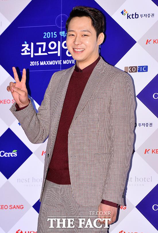 JYJのユチョンが旧正月を迎え、久しぶりに直接近況を伝えた。