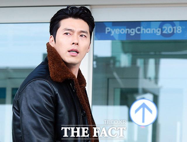 俳優のヒョンビンが21日午後、仁川(インチョン)国際空港第2ターミナルから出国している。ヒョンビンはファッションショーへの出席のため、ミラノに出国する。