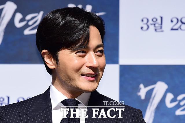 俳優のチャン・ドンゴンが27日午前、ソウルで開かれた映画「7年の夜」制作発表会に出席した。