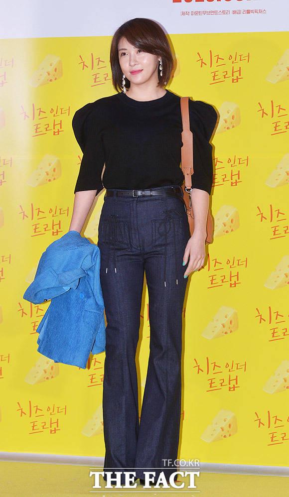 女優のハ・ジウォンが7日、ソウルで行われた映画「チーズ・イン・ザ・トラップ」のVIP試写会に出席した。