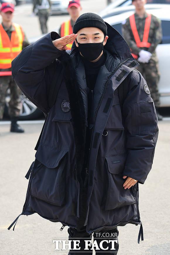 BIGBANGのSOLが12日、韓国の江原道・鉄原郡にある陸軍第6歩兵師団(別名:青星部隊)の新兵教育隊に入所した。|撮影:ナム・ヨンヒ