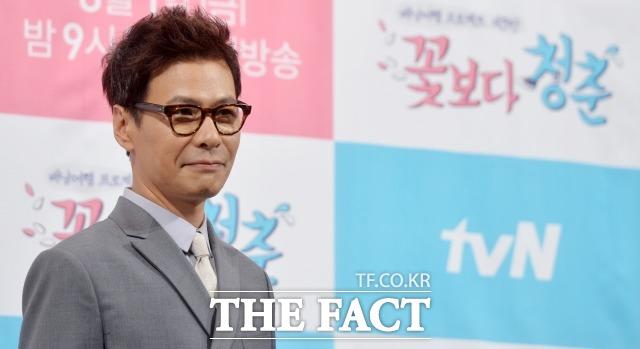 平壌公演の韓国首席代表に抜擢された歌手兼作曲家のユンサン。