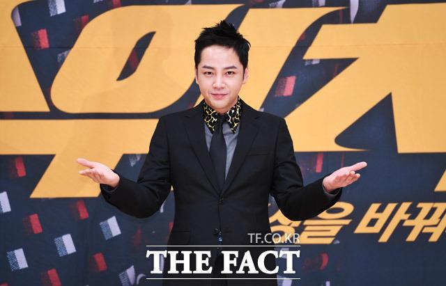韓国の地上波SBSの新水木ドラマ「スイッチ-世界を変えろ」の制作発表会見が28日、ソウルで行われた。写真は主演俳優のチャン・グンソク。|撮影:ペ・ジョンハン