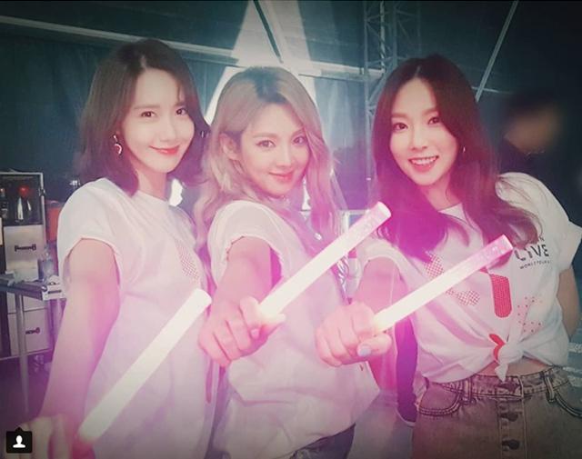少女時代のユナ、ヒョヨン、テヨンの3ショットが公開された。 SMエンターテインメントの公式インスタグラム