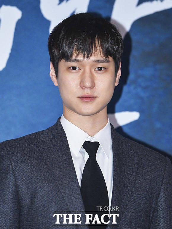 俳優のコ・ギョンピョが入隊することを発表した。