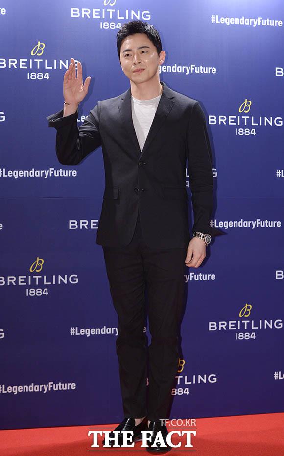 俳優チョ・ジョンソクが25日午後、ソウルで行われたスイスの時計ブランド「ブライトリング(Breitling)」のフォトイベントに参加した。
