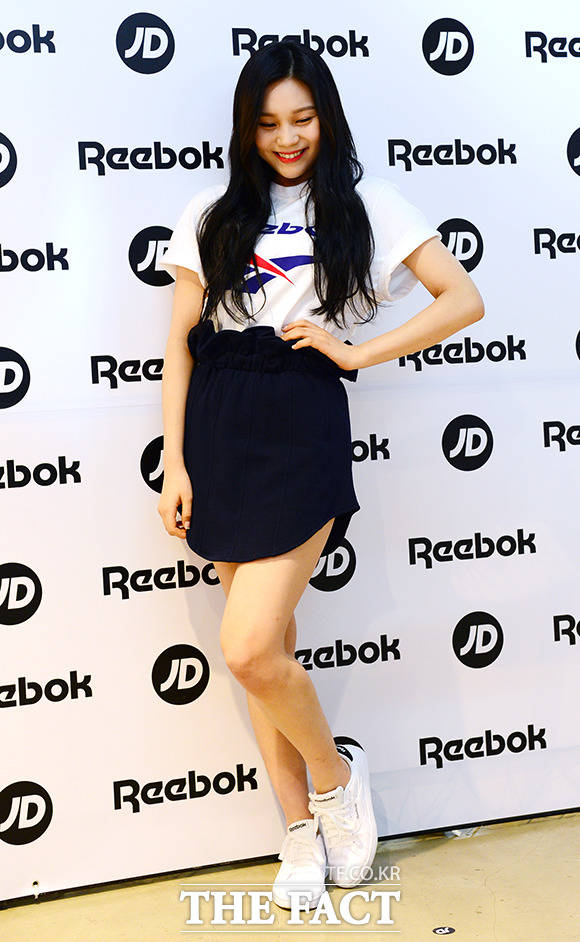 GFRIENDのメンバー・オムジが28日午後、ソウルで行われたスポーツ用品ブランド「リーボック」のイベントに参加した。