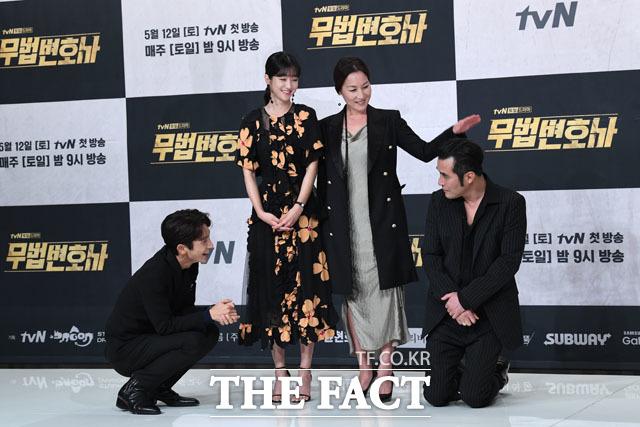 イ・ジュンギ、ソ・イェジ、イ・へヨン、チェ・ミンスが8日、ソウルで行われたtvNドラマ「無法弁護士」の制作発表会に参席した。