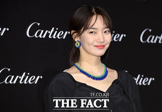 女優のシン・ミナが14日、ソウルで行われた高級ブランドカルティエのイベントに出席した。