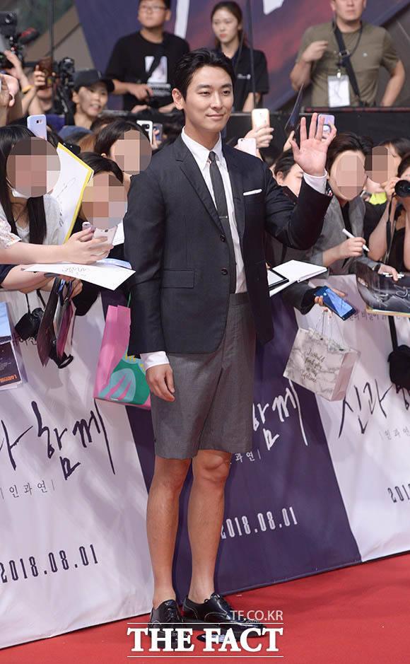 映画「神と共に2」のレッドカーペットイベントが30日、ソウルで行われた。写真は同映画のメインキャストのひとり、チュ・ジフン。|撮影:キム・セジョン