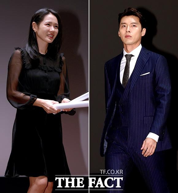 ヒョンビン(右)、ソン・イェジンの共演映画「交渉」の舞台挨拶が24日、ソウルで行われた。|撮影:イ・ソナ