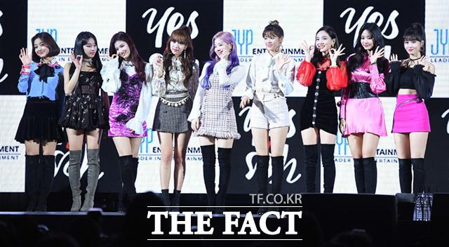 TWICEが5日、韓国6枚目ミニアルバム「YES or YES」の発表を記念するショーケースをソウルで行なった。|撮影:イム・セジュン
