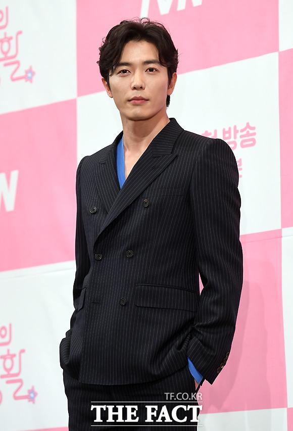 俳優キム・ジェウク
