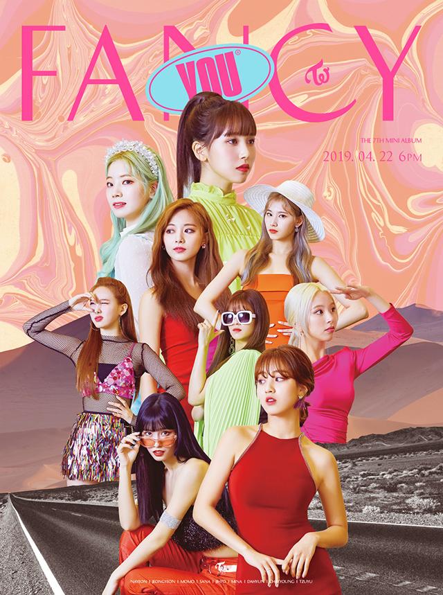 写真提供:JYP Entertainment